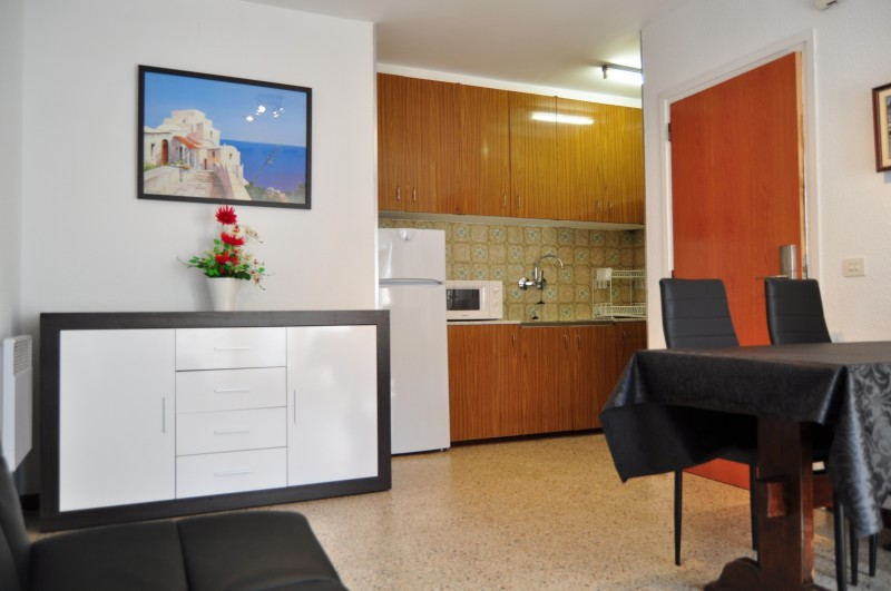 Habitació familirar 3/4pax.Estudi 2 habitacions